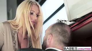 Babes - Office Obsession - Kyra Hot and Pablo