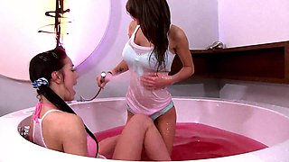 Fit babes Shana Lane and Alysson enjoy having sex in the jacuzzi