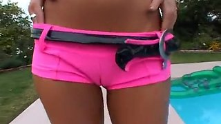 From cameltoe to creampie this clip rocks!