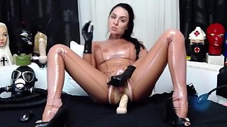 Angel Noble Cums in Latex Catsuit