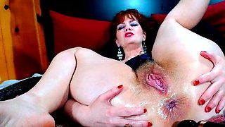 Solo pussy toying redhead sexy close up masturbation action