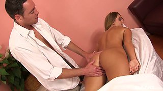 Beautiful babe Alexis Adams is fucked by horny masseur