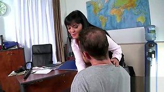 Stacked teacher gets her moist twat plowed