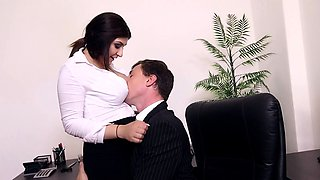 BUMS BUERO - Hot office fuck with busty German secretary