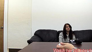 Tall Cute Babe With Nice Tits Gives Deepthroat Blowjob