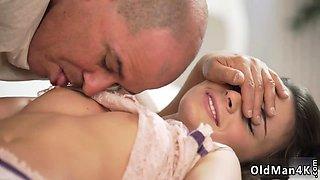 Dad and babysitter shower Her Wet Dream