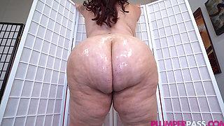 Sexy Busty Latina MILF (Oiling Up Mo Facial) 1080p