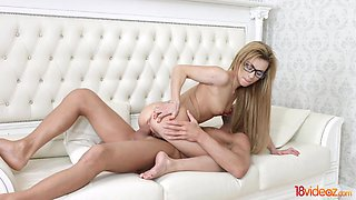 18 Videoz - Sonya Sweet - Nerdy teen has a sex fantasy