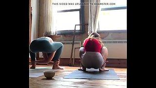 Turkish yoga girls