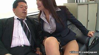 Reiko Kobayakawa in New office lady Reiko Kobayakawa sucks her boss cock - JapanHDV