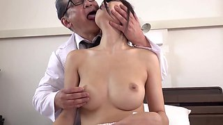GVG-797 Town Doctor Old Lady Licking Creampie Transformation Carte