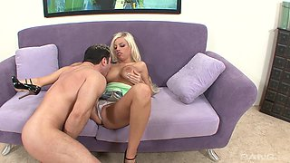 Amazing reverse cowgirl with a salacious blonde Britney Amber