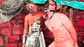Horny wench dominates her lover and makes him worship cunt
