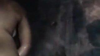 Novinha tomando banho video para o whatsapp