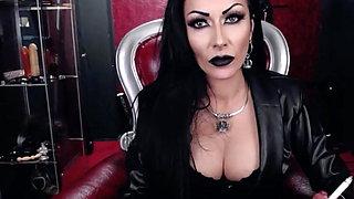MistressKennya16