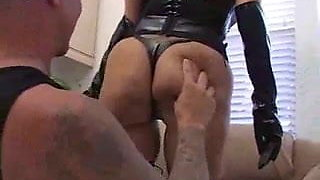 Busty Mature in Latex does Double Anal