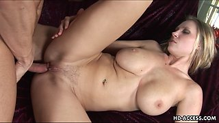 Attractive Devon Lee tries out some hot reverse dick riding