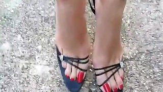 BEAUTIFUL GRANNY FEET - saf