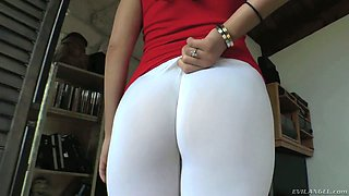 Hot and exciting compilation video featuring several big butts