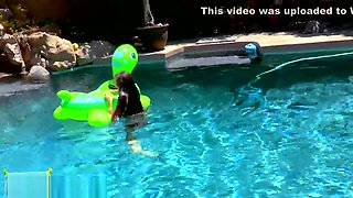 Steals Your Heart! Tiny teen Claire playfully masturbates outside by pool