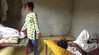 Boss Has Affair with Maid – Hindi 2021 Hot Video
