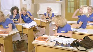 Classic XXX - Six Swedisch Girls In A Boarding School (1979)