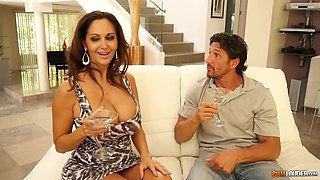 Playful well endowed MILF Ava Addams enjoying some great pussy workout