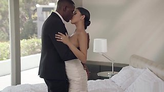 black groom and white bride fuck like crazy in their bedhd