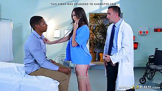 Brazzers - Holly Michaels - Doctor Adventures