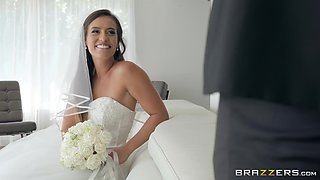 Petite teen bride Kelsi Monroe caught fucking before the wedding