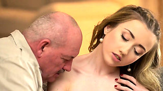 DADDY4K. Sex of dad and young girl finishes with unexpected
