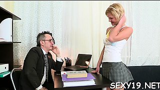 Slutty aged teacher is seducing babe's lusty beaver