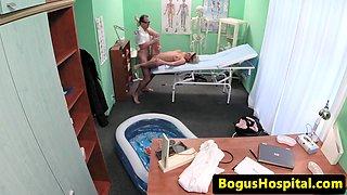 Bogus doctor crempie juggs pregnant patient