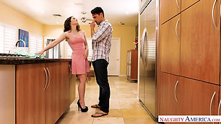 Tattooed dude fucks charming young housewife Jenna J Ross right on the table