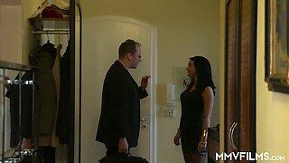 Slutty wife Sicilia is cheating on her husband with one kinky neighbor