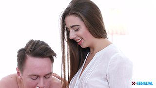 Graceful babe Anabel Carter is making love with her BF early in the morning