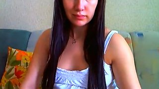 Preggo teen posing on webcam