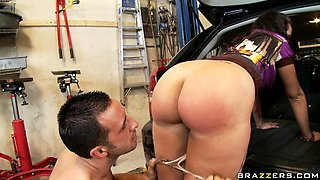 Milf With Big Ass Gets Fucked
