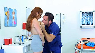 Brazzers - Doctor Adventures - Emergency Titt