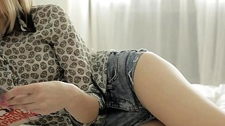 Dazzling beauty Karina Grand adores sex a lot