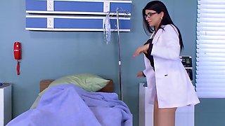 Brazzers - Doctor Adventures - Anna Bell Peaks Nicole Anisto