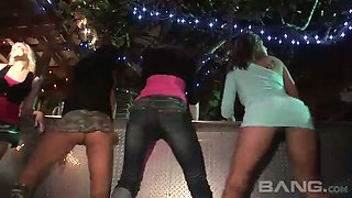 These sluts won't stop partying and they know to dance sexily for sure