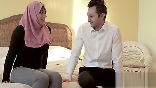 Immigrant Stepdaughter Syndrome- Hijab Babe Fucked By American DAD