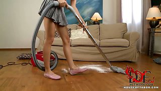 Maid gets knocked out for sex!
