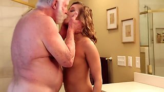 Silver Daddy With Thick Dick Fucks Skinny Teen