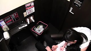 Japanese babe gives blowjob to her boss