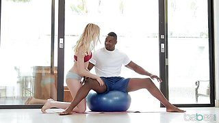 Blonde Anny Aurora bounces her muff in gym class on BBC