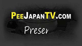 Japanese babe pees bath