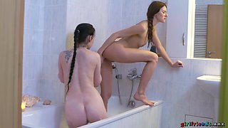 Greedy Pussy Licking And Fingering With With Kate Sin, J Mac And Daphne Angel