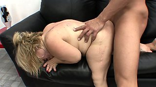 Curvaceous blonde midget Stella fulfilling her hunger for hard meat